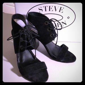 Steve Madden Black Suede Elgin Size 8